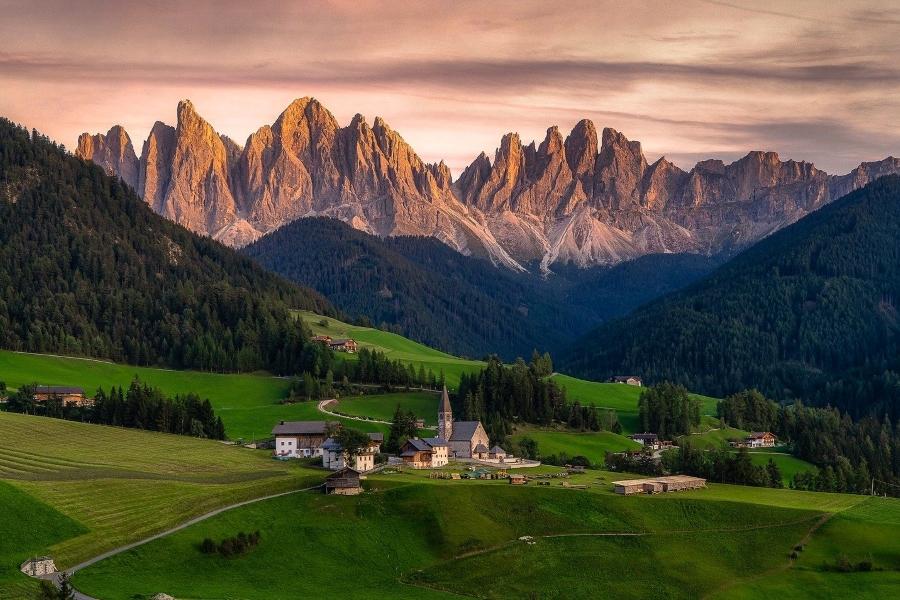 Wyjazd motywacyjny do Włoch Dolomity LIPSA TRAVEL