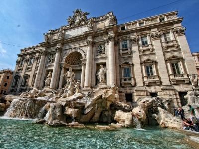Rzym - wyjazd firmowy. Widok na fontannę di Trevi