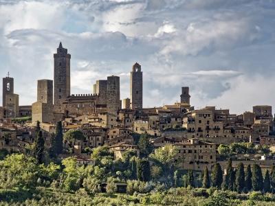 Toskania wycieczka dla grup. Widok na San Gimignano.