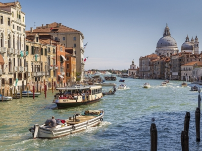 Wycieczka Włochy Północne ze zwiedzaniem Wenecji. Widok na Canal Grande.