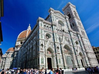 Wycieczka do Toskanii dla grup. Widok na katedrę we Florencji