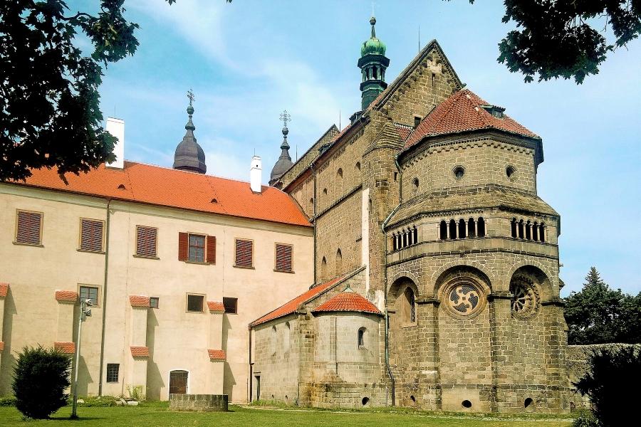 Bazylika św. Prokopa w mieście Trzebiczz