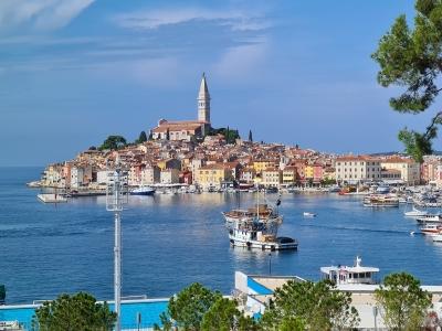 Widok na Rovinj. Chorwacja - wycieczka szkolna.